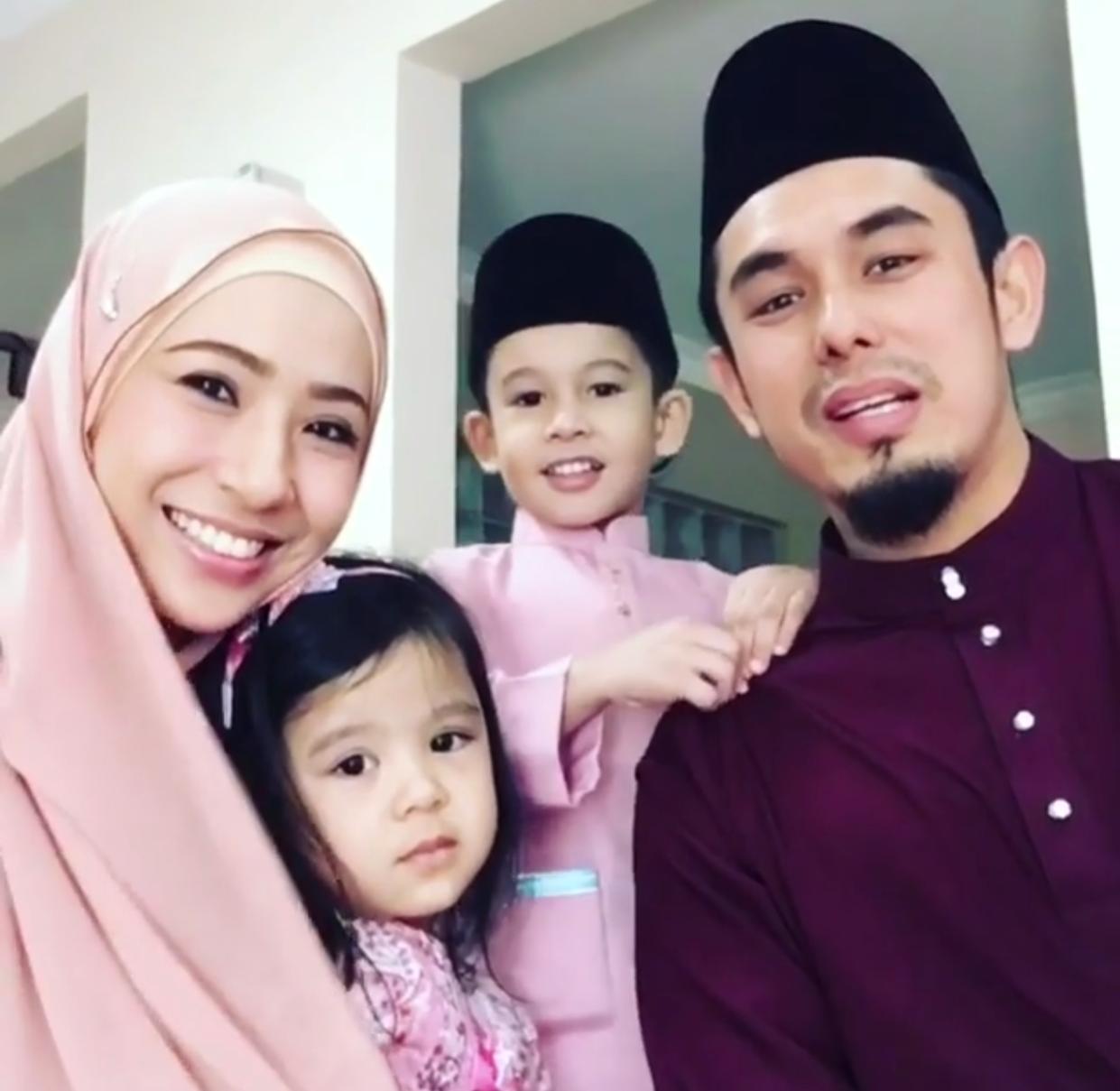 Image result for IRMA HASMIE & REZA SYAH AZMEER